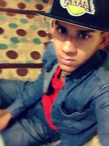 Busco pareja. Chico de 21 años busca chica en República Dominicana, Bonao