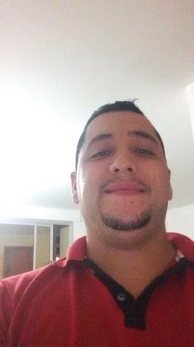 Hombre busca hombre en Contactos El Brasil