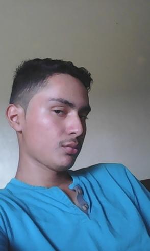 Busco pareja. Chico de 19 años busca chica en Honduras, Tegucigalpa