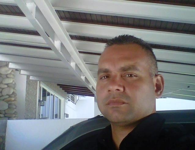 Busco pareja. Hombre de 38 años busca mujer en Venezuela, Caracas