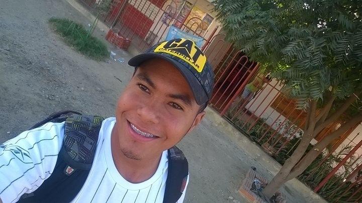 Busco pareja. Chico de 23 años busca chica en Colombia, Barranquilla