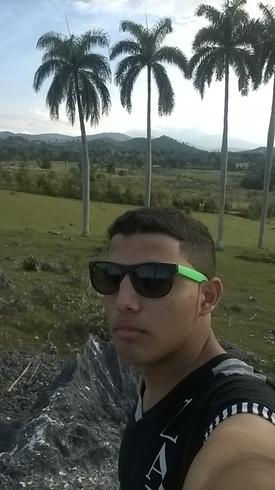 Busco pareja. Chico de 17 años busca chica en Cuba, Holguin
