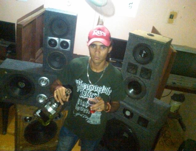 Busco pareja. Chico de 25 años busca chica en República Dominicana, Moncion