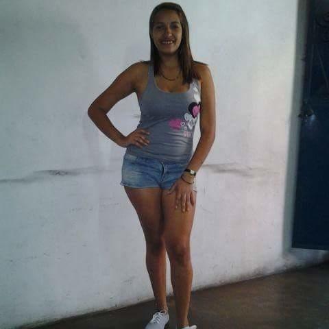 Busco pareja. Chica de 25 años busca chico en Venezuela, Caracas