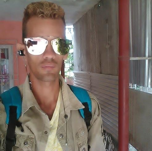Busco pareja. Chico de 28 años busca chica en Cuba, Holguin