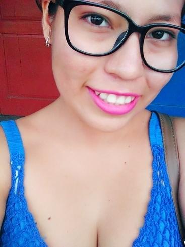 Busco pareja. Chica de 17 años busca chico en Perú