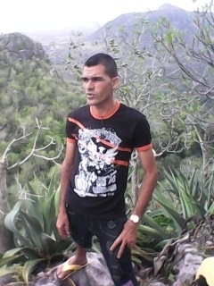 Busco pareja. Hombre de 32 años busca mujer en Cuba, Banes