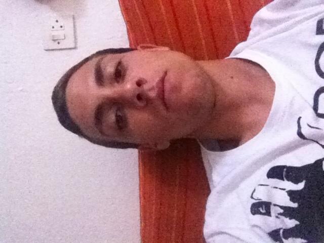 Busco pareja. Chico de 18 años busca chica en España, Las Palmas