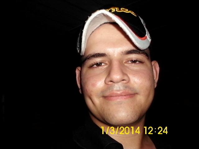 Busco pareja. Chico de 22 años busca chica en Venezuela, Guanare