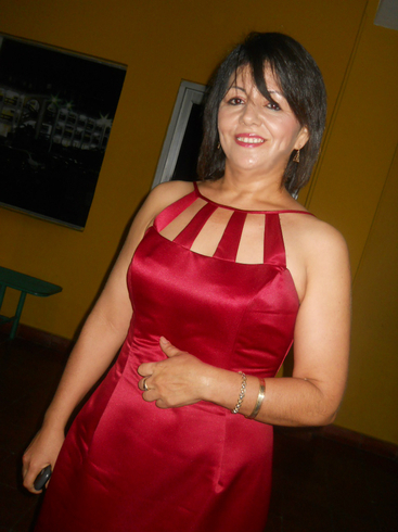 Mujer de 45 anos busca hombre joven
