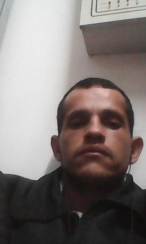 Busco pareja. Hombre de 33 años busca mujer en Venezuela, Caracas