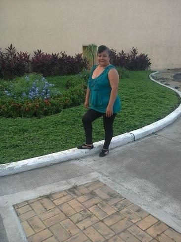 Busco pareja. Mujer de 50 años busca hombre en Ecuador, Troncal