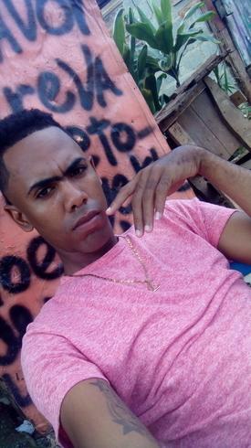 Busco pareja. Chico de 23 años busca chica en República Dominicana, Santiago