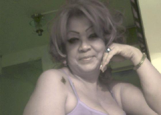 Mujer busca mujer en Contactos San Diego