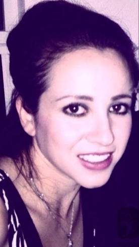 Busco pareja. Chica de 29 años busca chico en Emiratos Árabes Unidos, Dubai