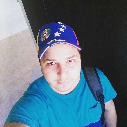 Busco pareja. Chico de 26 años busca chica en Venezuela, Puerto Ordaz