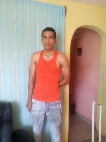 Busco pareja. Chico de 24 años busca chica en Cuba, Santiago De Cuba