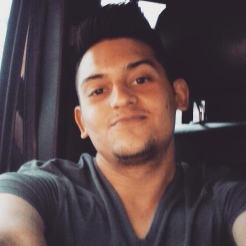 Busco pareja. Chico de 21 años busca chica en Venezuela, Maracaibo