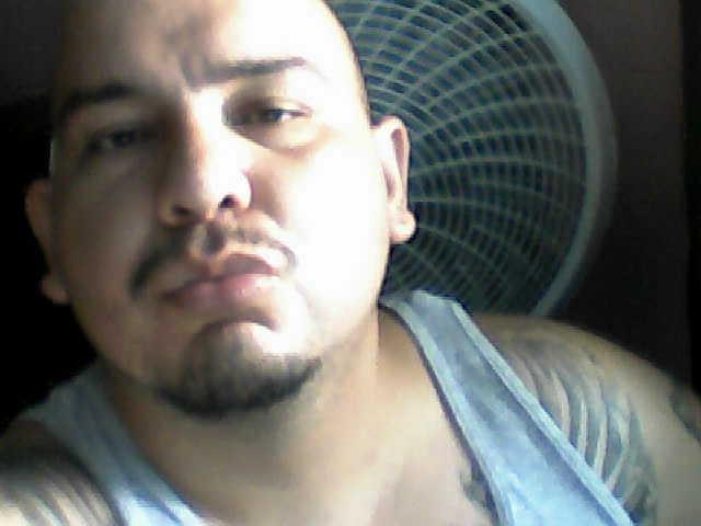 Busco pareja. Hombre de 31 años busca mujer