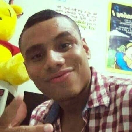 Busco pareja. Chico de 25 años busca chica en Colombia, Bucaramanga