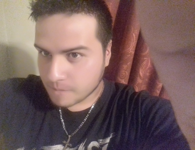 Busco pareja. Chico de 23 años busca chica en Ecuador, Manta