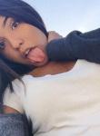 Chica de 19 años busca chico en Venezuela