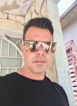 Hombre de 32 años busca mujer en Cuba, Las Tunas