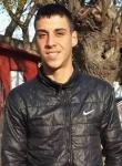 Chico de 22 años busca chica en Uruguay, Montevideo