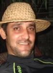 Hombre de 37 años busca mujer en Cuba, La Habana