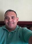 Hombre de 33 años busca mujer en Costa Rica